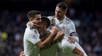 O Real Madrid supera o escollo do Valencia no Bernabeu (2-0)