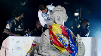 O Real Madrid volveu tinguir de branco a Cibeles