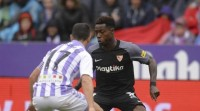 O Sevilla agarda ao treito final do partido para vencer no José Zorrilla (0-2)