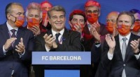 Joan Laporta, elixido novo presidente do F. C. Barcelona co 54 % dos votos